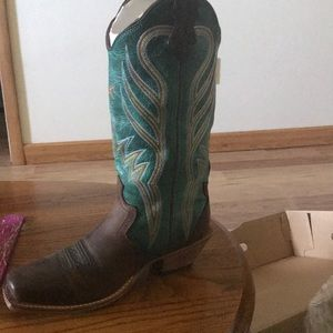 Shoes - Brand new Twisted X boots